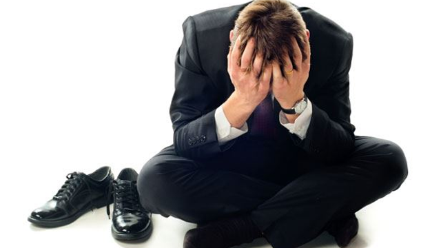 These Are The Top 4 Financial Mistakes That Successful Professionals Regret Making