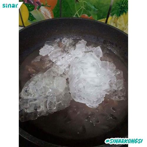 empukkan daging dengan menggunakan ais