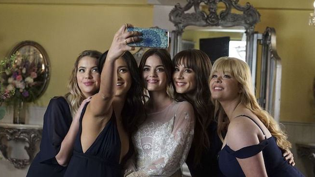 """Pretty Little Liars"" Stars Are Saying Their Final Goodbyes On Instagram"