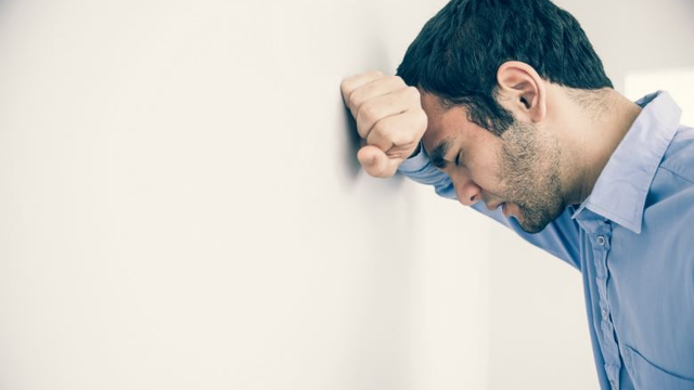 Having A Panic Attack? Stop For A Second And Do These 3 Things