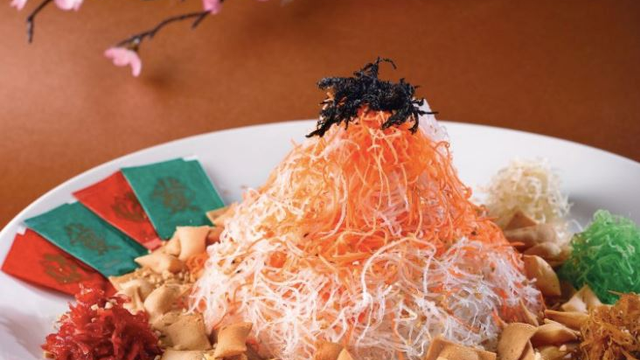 Looking For Places To Eat This CNY? Try These Famous Restaurants