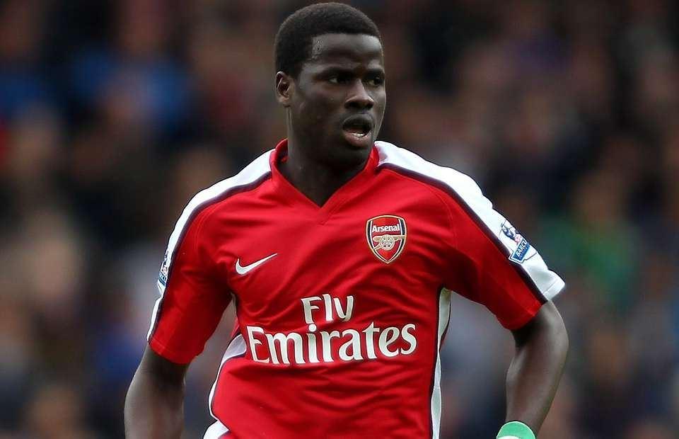 Emmanuel Eboue, bekas pemain Arsenal, pemain bola Emmanuel Eboue, Emmanuel Eboue homeless, Emmanuel Eboue hilang harta, bekas isteri rampas harta
