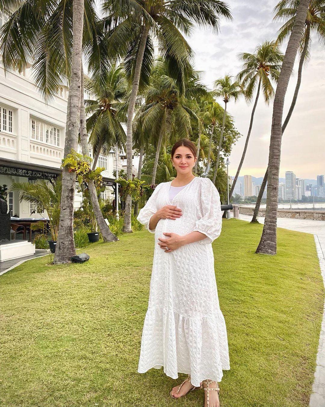masuk tujuh bulan hamil, fattah amin akui mood isteri berubah-ubah