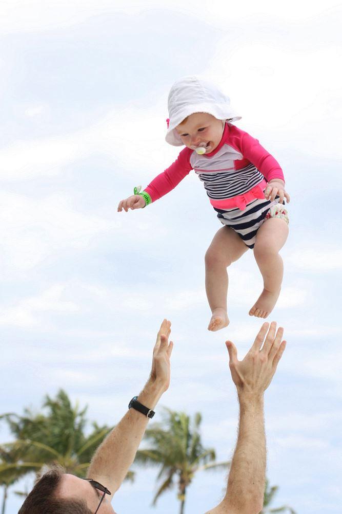 awas perbuatan melambung bayi boleh sebabkan otak bengkak