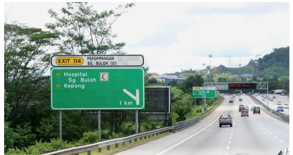 apa maksud warna, huruf dan nombor berbeza pada signboard jalan di malaysia?