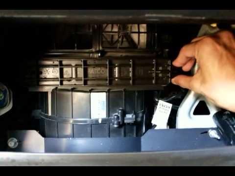 air cond kereta rasa panas, cuba bersihkan alat ni, mesti sejuk balik