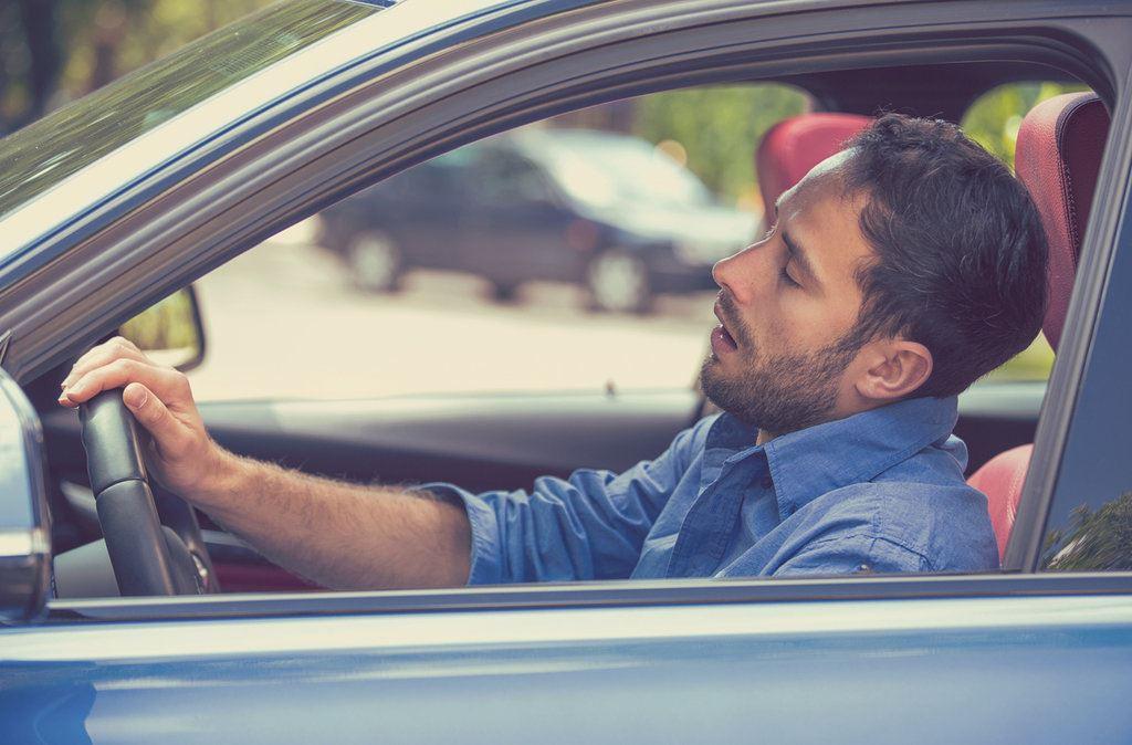 'micro sleep' ketika memandu boleh membunuh. elakkan dengan cara ini