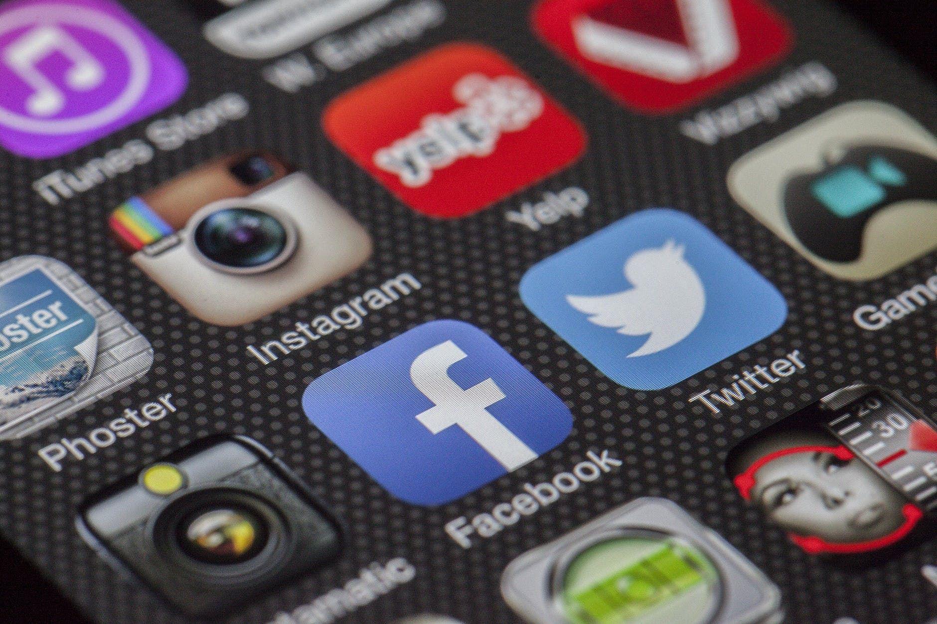 peguam ini ajar 5 langkah nak buat kalau kena fitnah di media sosial
