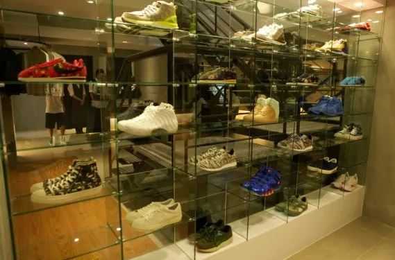 sneakerheads! here are 5 stores in taiwan where you can get your shopping done