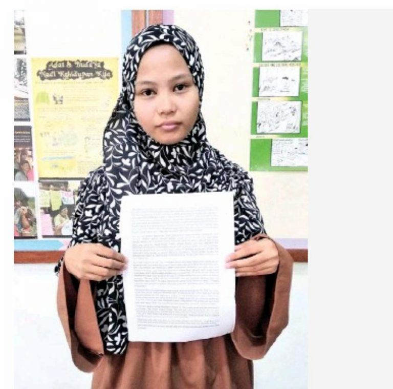 this sabahan girl just sued her teacher for skipping class for seven months!