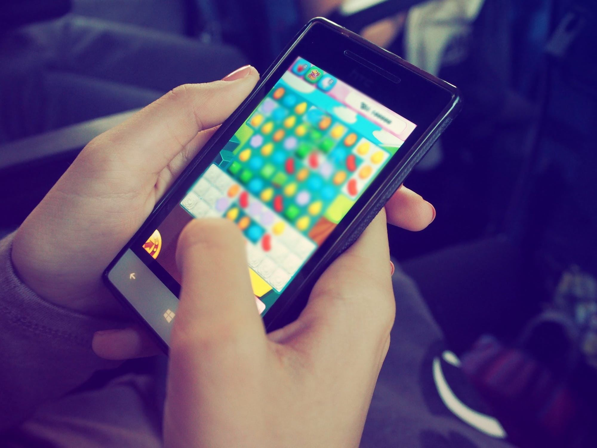 filipino boy accidentally spends rm8,411 on mobile games