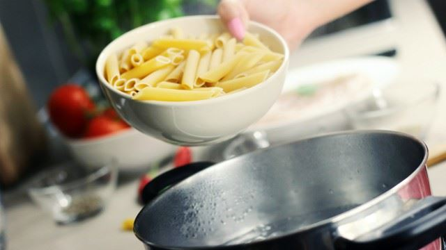 Here's Why You Should Always Save A Bit Of Your Pasta Water