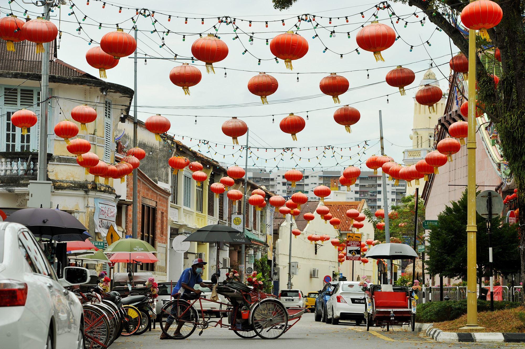 无惧疫情笼罩,槟城喜迎新春灯笼依旧高挂吸睛!