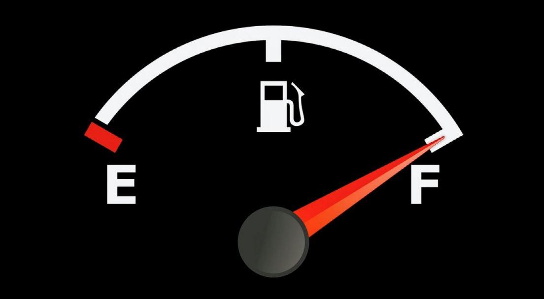 这个举动超危险?!到油站添油不能打full tank !
