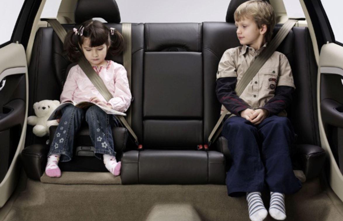 家长要注意! 儿童乘车安全小贴士!