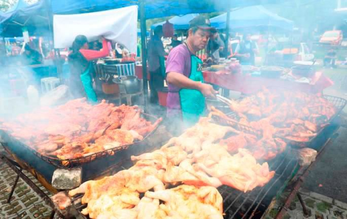 doctors urge food business owners to get typhoid vaccine ahead of ramadan month