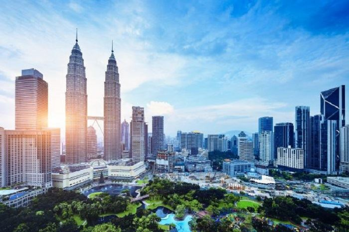 world bank lowers its gdp forecast for malaysia