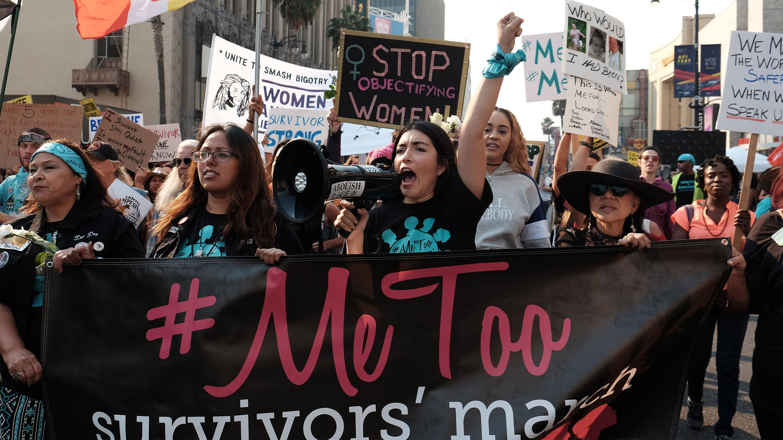 专题 | 被性骚扰没及时反抗,就是默认同意?