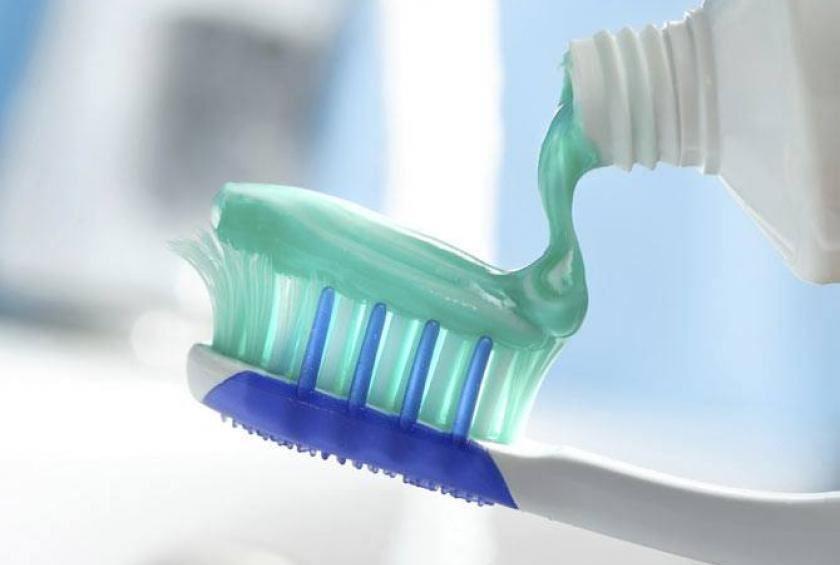 Image result for ubat gigi letak di jerawat