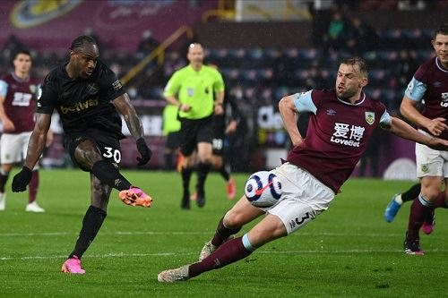 west ham keep their epl top-four hopes alive