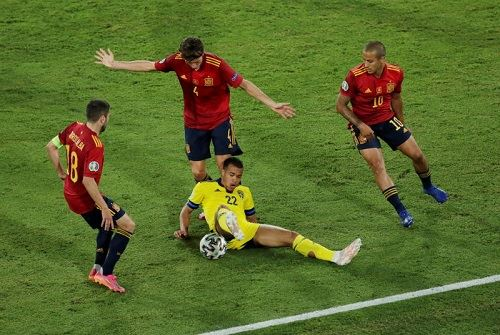 euro 2020: spain and sweden play out stalemate