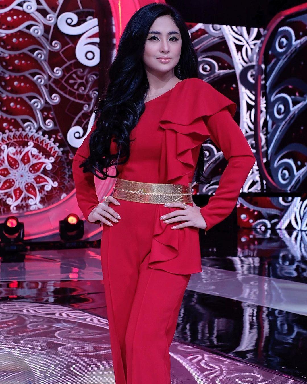 penyanyi dangdut indonesia dituduh sengaja tak mahu hamil sebab jaga badan