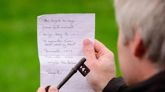 seramnya! kunci dipinjam 50 tahun telah dipulangkan bersama nota misteri