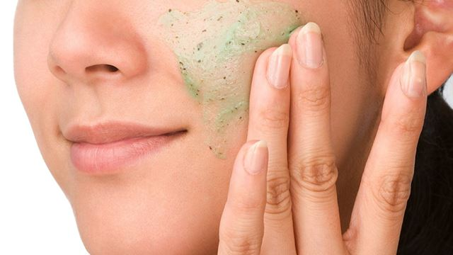mudah je nak buat skrub muka sendiri! kulit akan jadi lebih berseri!