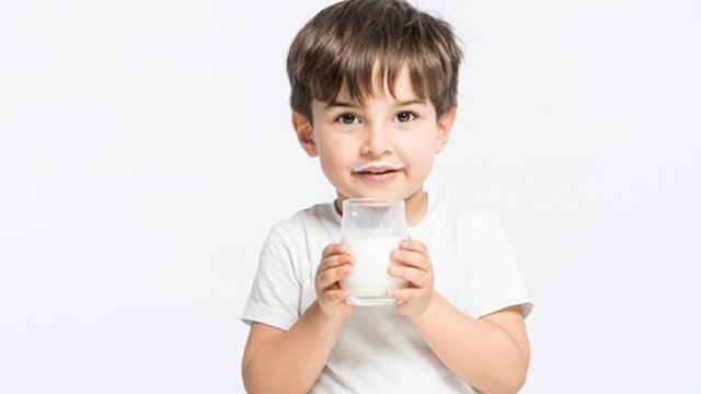 jangan main minum je, ini waktu terbaik untuk minum susu