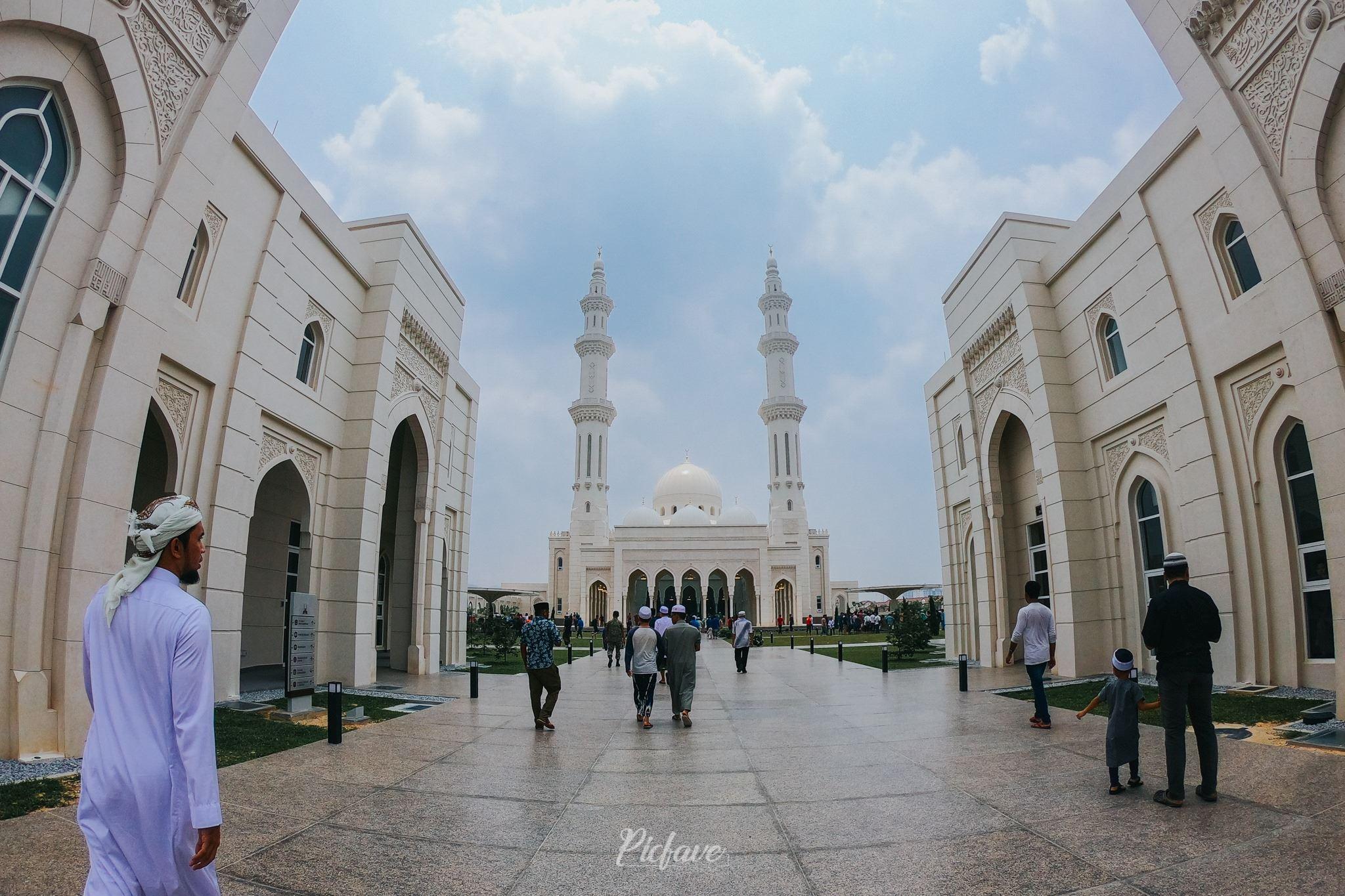 keindahan masjid sendayan buat ramai terpegun