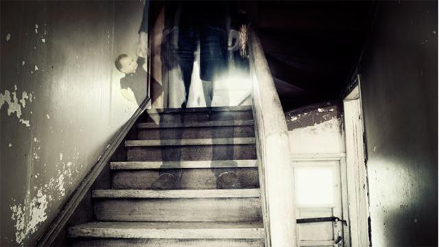 cuba cek tanda-tanda ni, kalau ada maksudnya ada hantu di dalam rumah korang