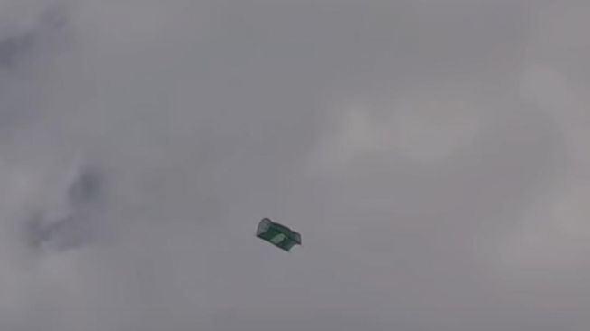 kecoh lepas nampak keranda terbang di udara, rupanya ..