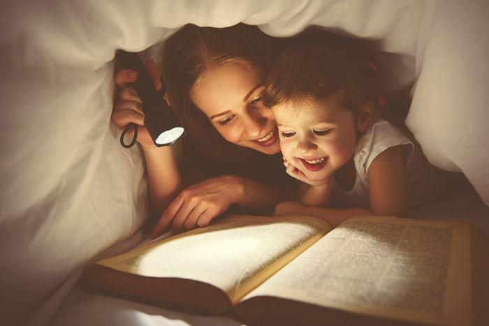 ayah yang bacakan 'bedtime stories' buat anak jadi makin cerdik! - kajian