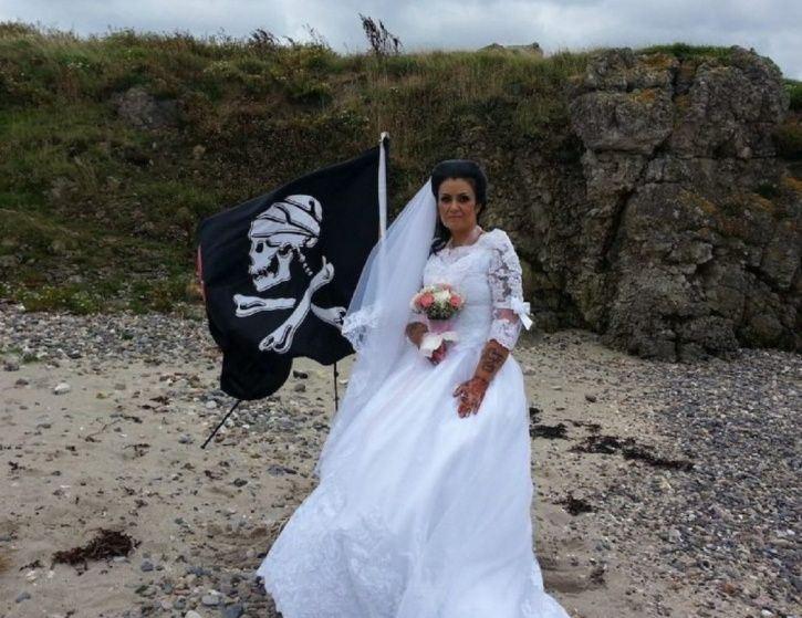 gagal cari jodoh, wanita ini kahwin dengan hantu lanun dari abad ke-18