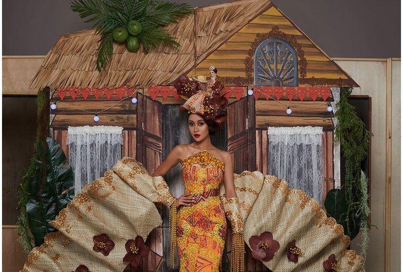 miss universe malaysia peraga kustom kampung 3d seberat 45kg