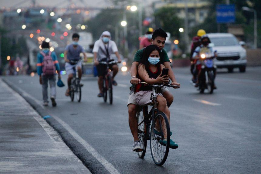 tiada lagi penutup muka, sebaik 50 juta penduduk filipina disuntik vaksin