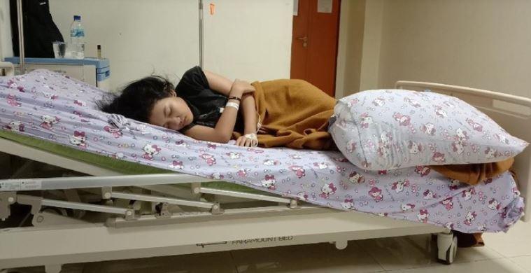 gadis ini akan tidur nyenyak hingga 13 hari lamanya