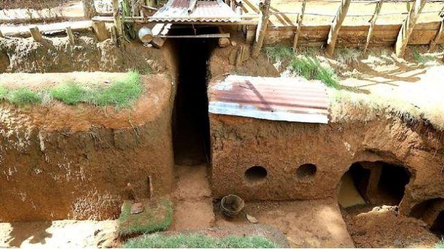ambil pengalaman kerja sebagai tukang batu di malaysia, lelaki indonesia gali rumah bawah tanah