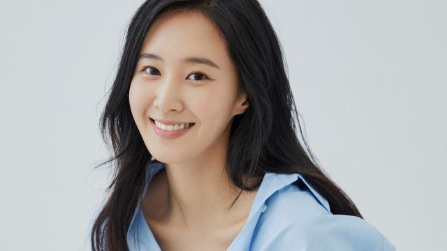 yuri girls' generation masih tinggal di asrama kumpulan walaupun selepas 14 tahun debut