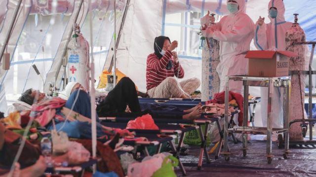 keadaan covid-19 di indonesia kian tenat akibat kekurangan bekalan oksigen