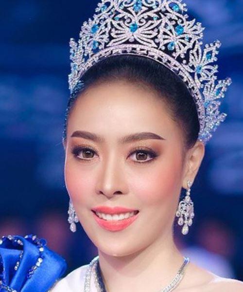 kantoi palsukan umur, miss world laos tarik diri dari kemenangan