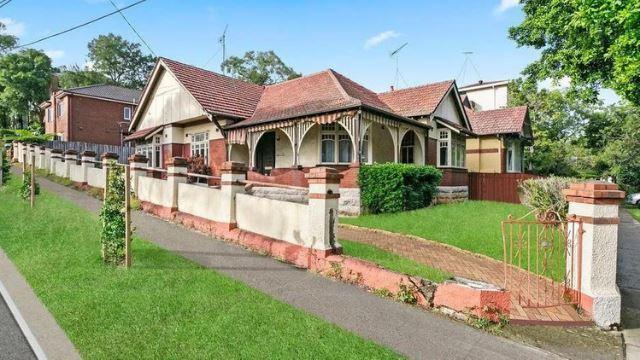 tiada dapur & tandas, rumah 'usang' ini dijual pada harga rm19 juta