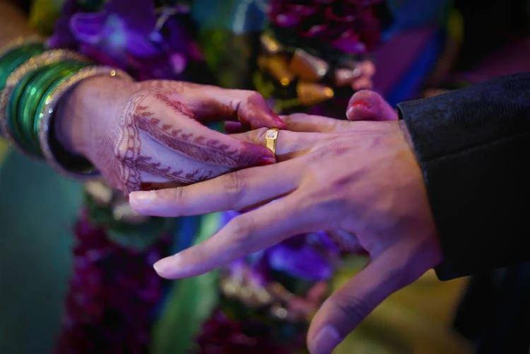 kakak meninggal di hari perkahwinan, adik ganti jadi pengantin wanita