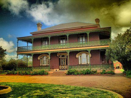 rumah hantu yang paling seram dan terkenal di dunia