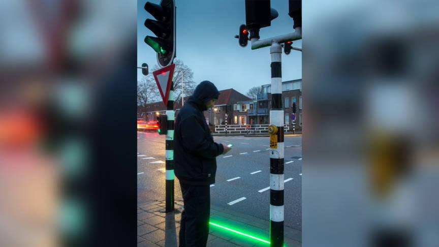 [Video] Lampu Isyarat Ini Direka Khas Untuk Pejalan Kaki Yang Tak Peka, Sibuk Main Phone