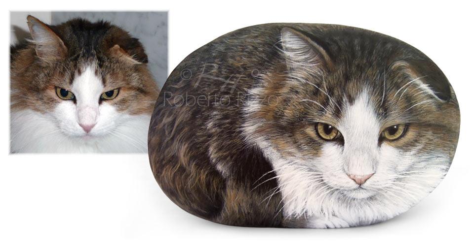 Ini Ke Kucing Yang Sudah Di 'Sumpah' Menjadi Batu?