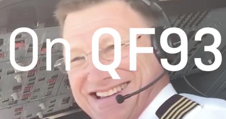 [Video] ?Penumpang? Terkejut Dilamar Pilot Ketika Dalam Penerbangan