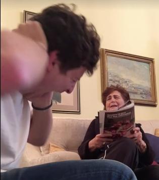[Video] Cucu Nakal 'Sakat' Nenek Dapat Lebih Dari 686,000 Perkongsian Di FB. Rugi Kalau Tak Tengok!