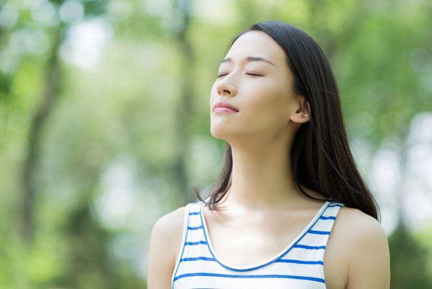 失眠很痛苦!学会这2种呼吸法就可以每晚轻松入眠了!