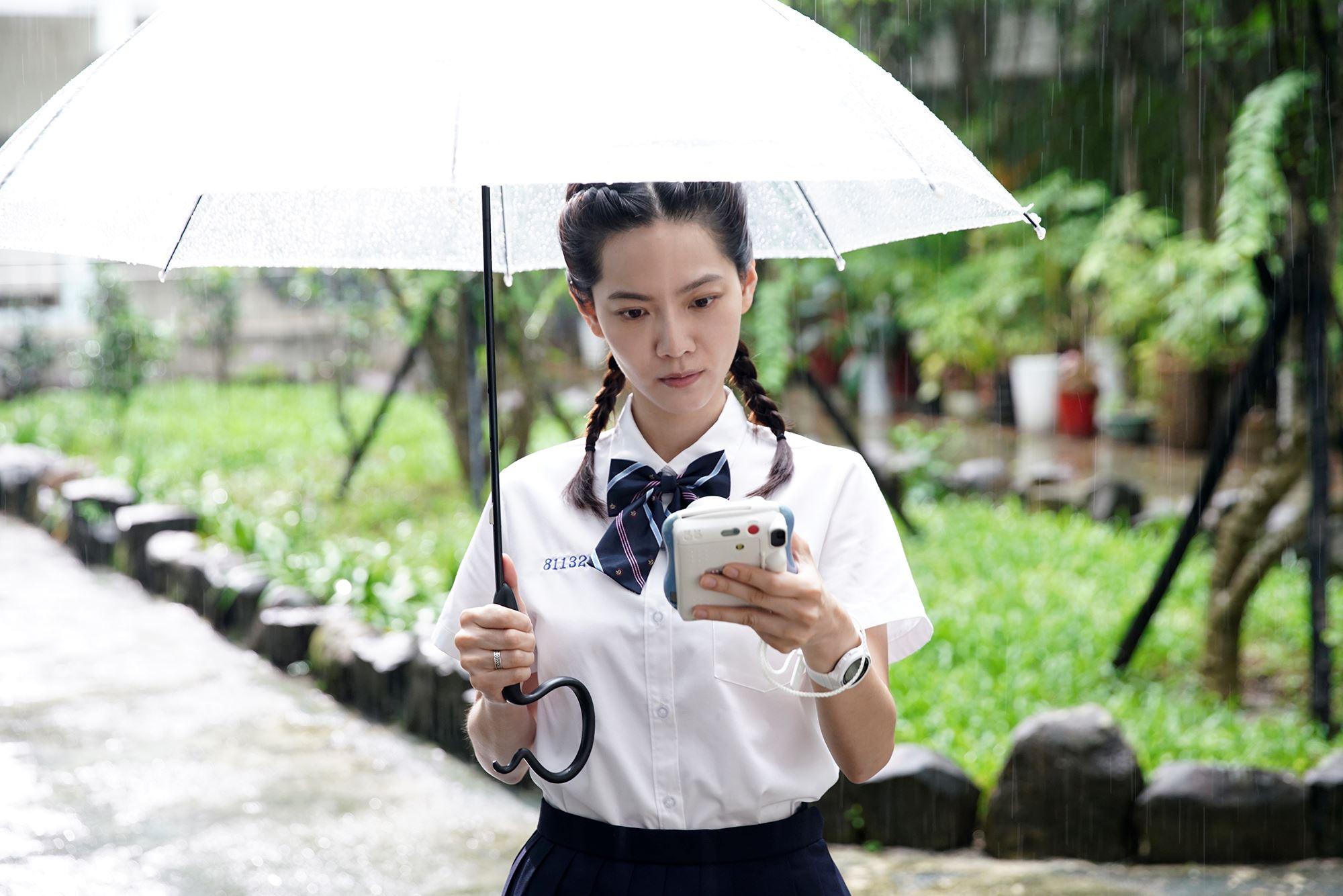 爱奇艺再推原创奇幻末日爱情剧《无神之地不下雨》10/17全球首播!